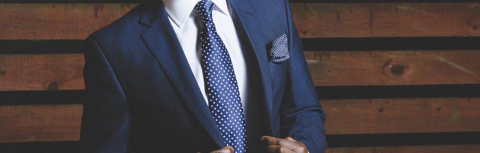 business-suit-690048_1280